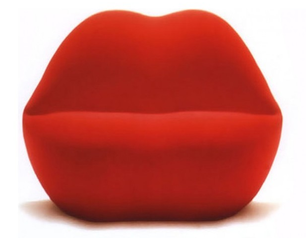 Lip Kiss Chair in Fabric, Red